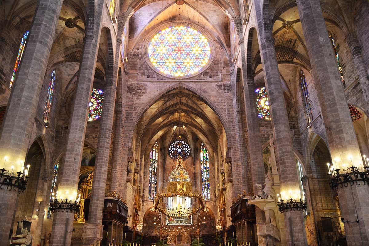 Gaudí y Barceló en la Seu
