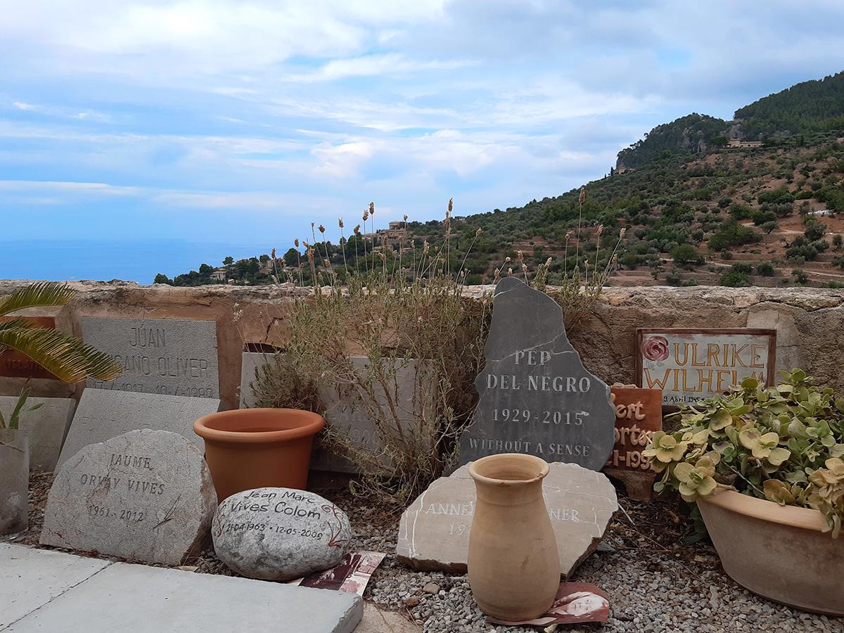 El cementerio de Deià, el descanso eterno de los artistas
